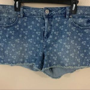 Lauren Conrad Size 16 Denim Shorts Floral Cute